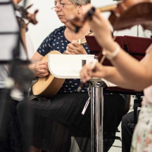 Gemeinsames Musizieren Von Jung Und Alt